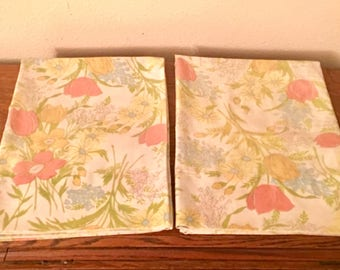 Vintage Pair of Standard Size Floral Pillowcase