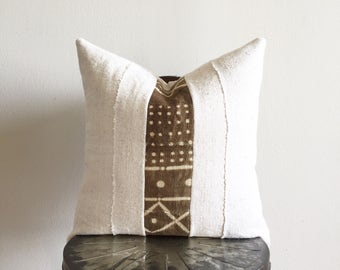 African Brown & Off-white Mudcloth Pillow Cover (Size: 18x18)