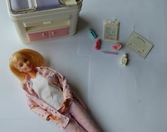 Barbie HAPPY FAMILY doctor / doctor pink
