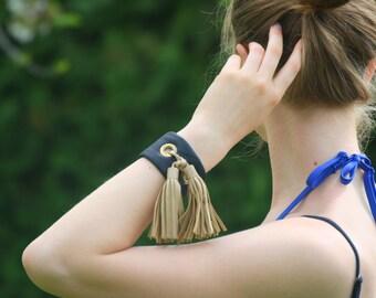 Leather tassel bracelet - Brown leather bracelet  Leather bracelet  Cuff bracelet  Tassel bracelet  Wrist cuff  Wristband Blue bracelet