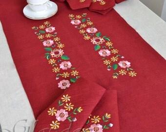 Linen Table Runner, Table Runner, embroidered Table Runner