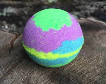 3 Medium Sized Colorful Or Solid Color Bath Bombs Bath Fizzy Fun Bath Bomb Highly Scented Bath Bomb