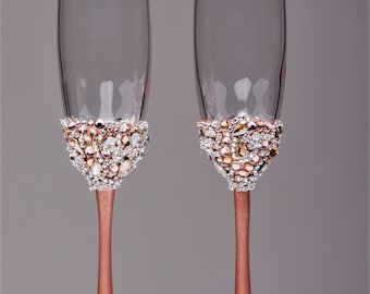 Personalized Wedding glasses rose gold Personalized glasses Champagne flutes rose gold Toasting glasses laser engraved Flutes set of 2