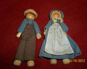 amish boy and girl-clothespin dolls
