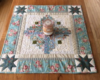 Log Cabin Scrappy Table Runner, Quilted Table Runner, Scappy Table Runner, Shabby Chic, Patchwork Log Cabin Tablecloth