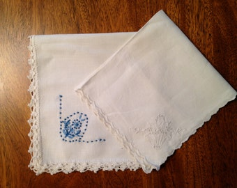 Vintage Embroidered and Crocheted Linen Hankies - 5