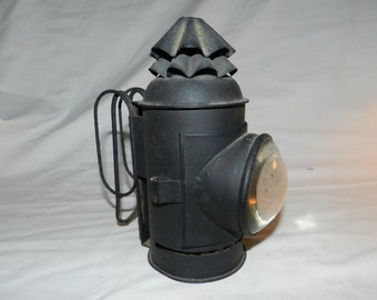Buggy Lantern - Vintage / Antique Oil or Kerosene Hand held or carriage mounted Lamp w/ Thick Glass magnifying lens - possibly French D1-30
