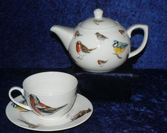 Garden Birds Teapot cup and saucer gift boxed