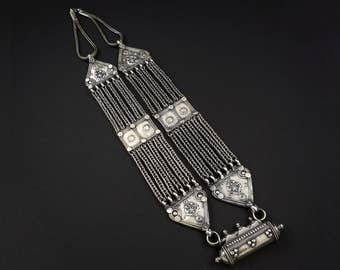 Old silver necklace from Rajasthan, India.  Old Indian Necklace.  Amulet Necklace.  Rabari Necklace.  Rajastani Necklace