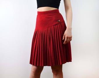 Vintage red high waist skirt, Accordion Pleated Skirt, Vintage Skirt Midi Skirt High Waisted Skirt Medium, size 38