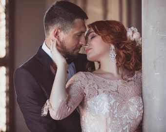 Wedding dress//Vesta//Lace wedding dress//Rose wedding dress