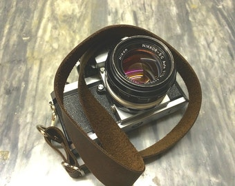 Leather Camera Strap Brown Leather Adjustable Camera Neck Strap for DSLR Camera or Film Camera