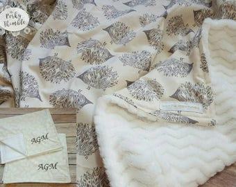 Hedgehog baby blanket, Modern baby blanket, Gender neutral baby blanket, Neutral crib bedding, Gender neutral nursery, fuzzy baby blanket