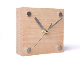 Modern Wooden Red Oak Desk Clock
