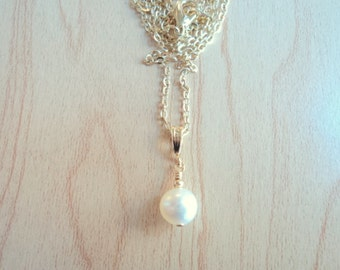 Pendant with white freshwater pearl vintage.
