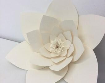 Point petal flower