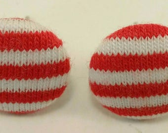 small vintage round earrings with red and white stripes