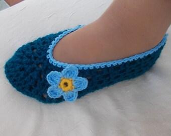 Crochet Slippers Pattern, CROCHET PATTERN, slippers pattern, comfortable slippers pattern, house slippers, crochet shoes, gift for wife