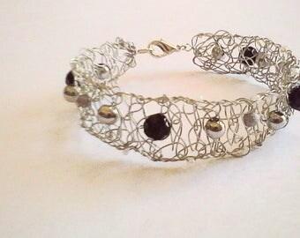 Beaded Bracelet - Crochet Wire Jewelry - Trixified