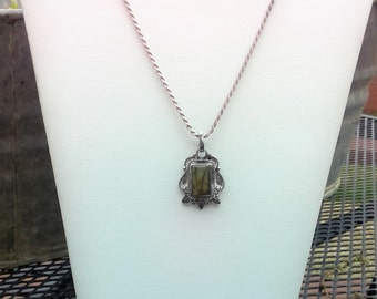 Sterling Silver Rope Chain Necklace With Olive Green Stone Pendant, Vintage Sterling Silver Necklace with Pendant