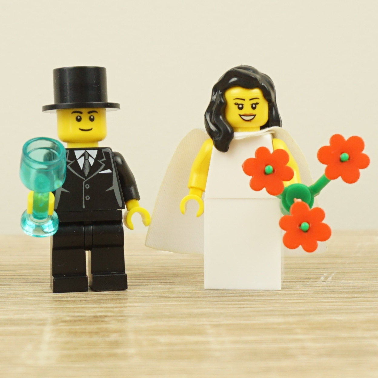 Lego bride and groom, Lego cake topper, Lego cake toppers, Lego ...