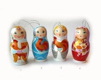 Christmas Decoration Matryoshka Nesting Russian Wooden Doll 1-piece