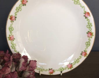 Antique George Jones & Sons (Crescent China) Plate with Rose Garland