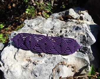 Celtic macrame bracelets. Bracelet with Celtic pattern, purple macrame