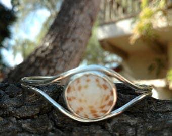 Hawaiian Shell sterling silver cuff