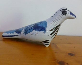 Vintage Mexican Pottery Bird, Blue and White Porcelain Bird, Blue and White Ceramics, Vintage Bird Figurine, Gift for Her, Home Decor