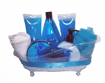 Blueberry & Grape Bath Tub Set - Luxurious Toiletries infused with Natural Fruit and Plant Extracts packed in a Reusable Bath Tub