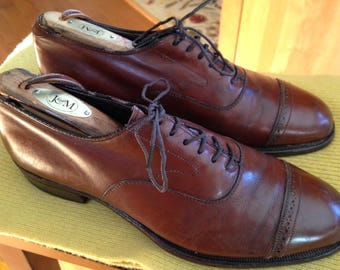 Cap Toe Shoes - Johnston & Murphy - Size 7D- small