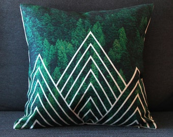 Forest Tree Wilderness Pillow Cover, Tree Pillow, Green Pillow, Throw Pillow, Cushion Cover, Decorative Pillow Cover, Triangle Pattern .