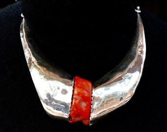 Red coral and silver neck piece