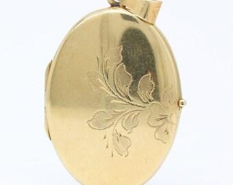 14 k solid gold oval antique photo locket/locked necklace/vintage photo locket/gold photo locket/vintage photo locket/picture locket