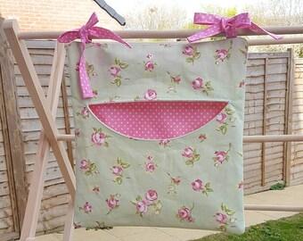Peg bag, clothes pin bag