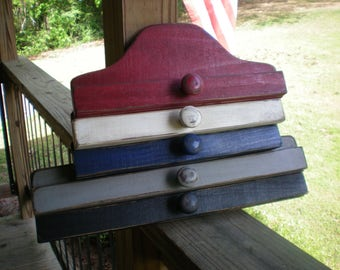 "10"" Primitive Wooden Hangers ( Summer Colors )"
