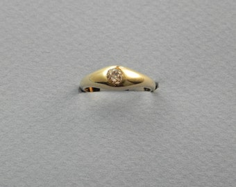 18k diamond ring size 8