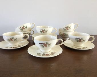 FAB set of 8 Stetson Pinecone Cups & Saucers (1 of 2)