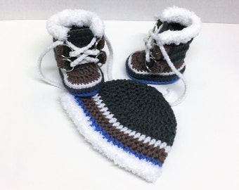 Newborn Crochet Sorel Pacs Style Boots and Beanie Hat
