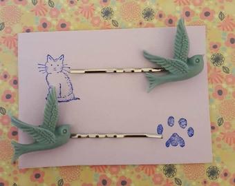 Handmade grey bird bobby pins - set of two 23mm grey bird bobby pin hairclips