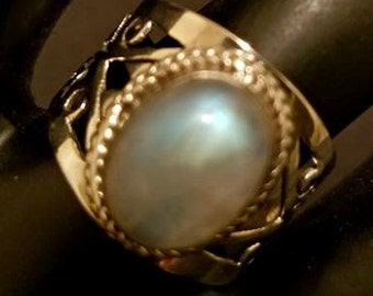 Moonstone Sterling Silver Ring size 7.25