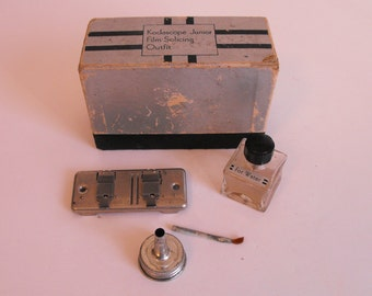 Eastman Kodak Film Splicing Kit Kodascope Junior  (682)
