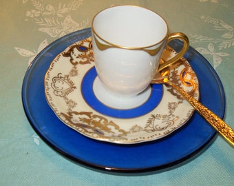 Mismatched  Tea Cup Trio in Cobalt Blue and Gold