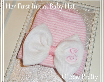 Newborn hospital hats, monogrammed baby hospital hat, Newborn hat with bow infant hat, baby girl hospital hat, Initialed Hospital hats