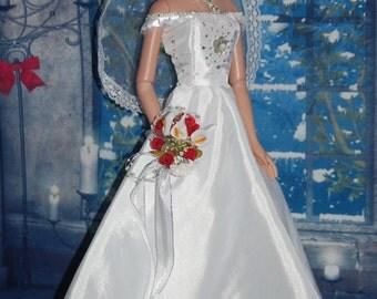 Beautiful wedding dress for American Model