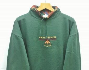 Vintage Vancouver Canada Sweatshirt Urban Souvenir Sweater Green Color Size M