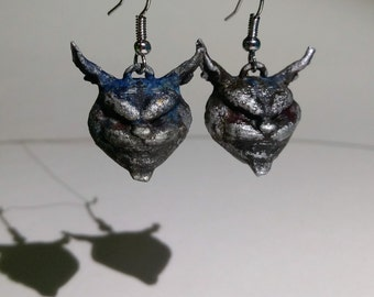 Alice: Madness Returns Cheshire Cat Earrings
