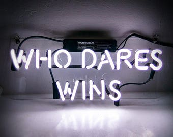 "Handmade 'Who Dares Wins' Movie Art Light Banner Room Decor Neon Sign 14""x6"""