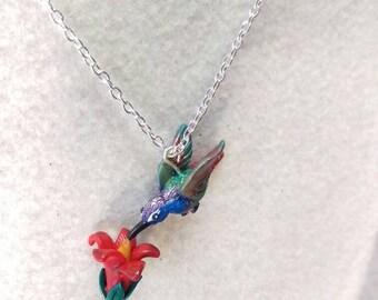 Humming bird necklace, flower pendant, bird jewelry, humming bird pendant